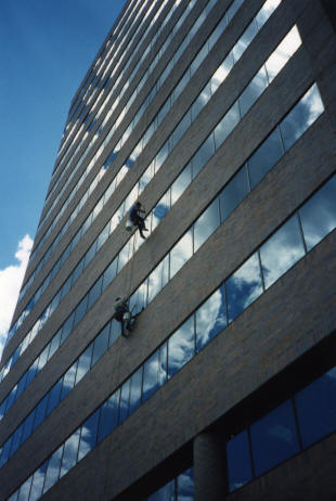 Michigan Commercial Window Washing