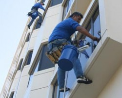 High-Rise Professional Window Cleaning Team Michigan