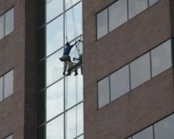 Michigan High-Rise Commercial Window Cleaner